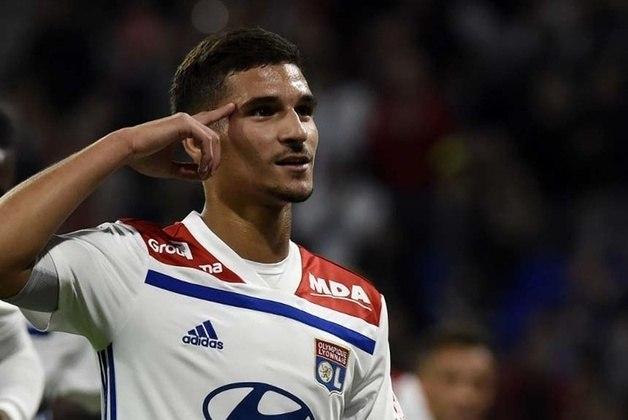 14 - Houssem Aouar (Meio-campista do Lyon) - 49,5 milhões de euros.