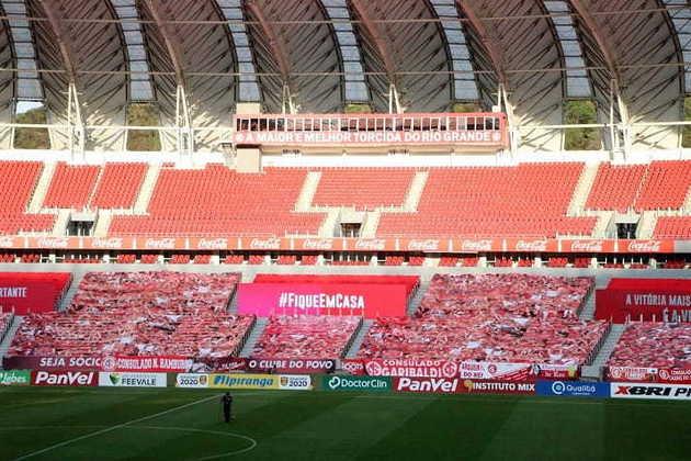 14) Internacional - prejuízo de R$ 1.138.320,86 em 18 partidas em casa.