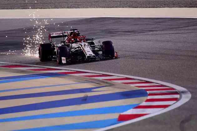 14º - Kimi Räikkönen (Alfa Romeo) - 2.20 - Pouco fez e pior que Giovinazzi.