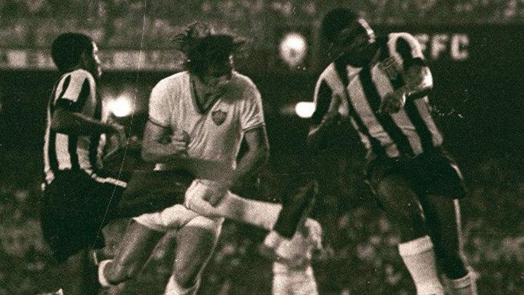14. Mickey, dois gols (1971)
