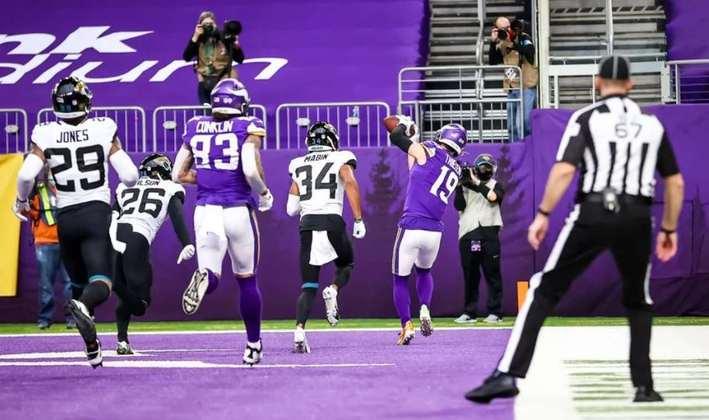 14º Minnesota Vikings (6-6) - Mike Zimmer conseguiu recuperar a confiança de um time que parecia quebrado. Os playoffs já são uma realidade.