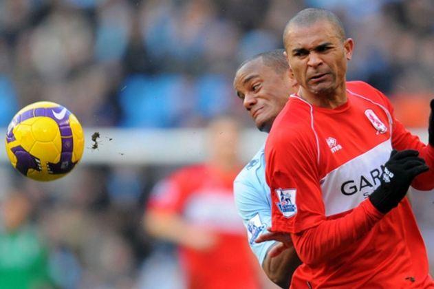 14º - O próximo brasileiro na lista é o ex-atacante Afonso Alves, que teve uma passagem pelo Middlesbrough em 2008. No futebol inglês, foram 42 jogos e dez gols marcados,  além de ter sua casa assaltada durante uma partida em que jogava pelo clube