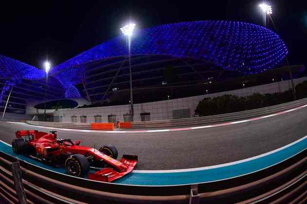 14 - Sebastian Vettel (Ferrari) - 2.28 - Melancólico.