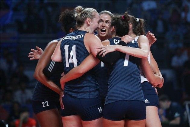 14h30 - Estados Unidos x Turquia -  Liga das Nações de Vôlei Feminino - Onde assistir: SporTV 2