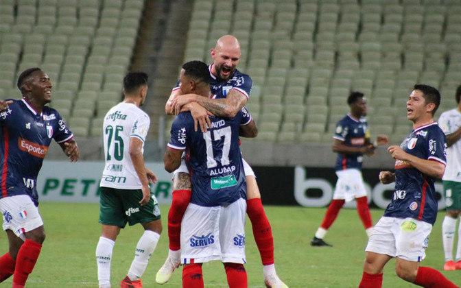 15º colocado – Fortaleza (31 pontos/28 jogos): 0,001% de chances de ser campeão; 0.021% de chances de Libertadores (G6); 28.1% de chances de rebaixamento.