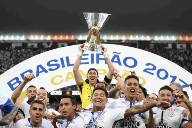 15 de novembro de 2017 - Corinthians conquista o Brasileirão de 2017 ao garantir a primeira posição na tabela do campeonato por pontos corridos.