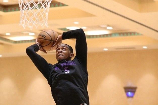 15- De'Aaron Fox (Sacramento Kings)