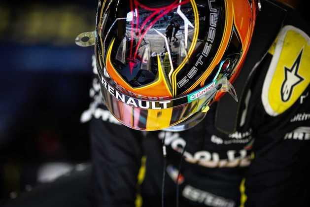 15) Esteban Ocon (Renault), 1min17s567