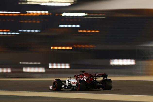 15 - Kimi Räikkönen (Alfa Romeo) - 2.70: Voltou a andar mal.