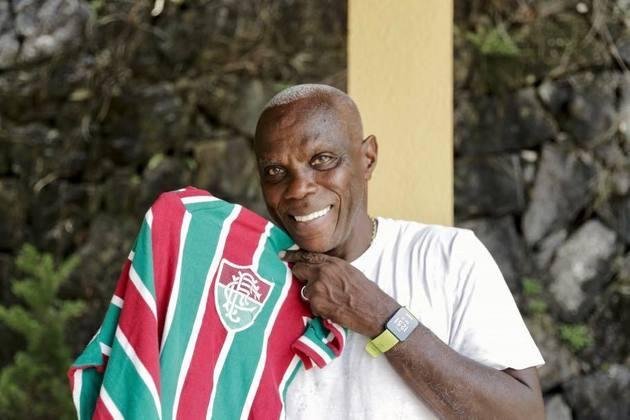 15° lugar: Cláudio Adão - 33 gols