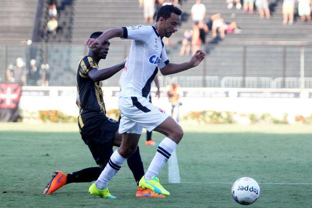 15º - Volta Redonda 1x1 Vasco - Carioca 2016 - em um lance de Madson em profundidade, Nenê recebeu o cruzamento e marcou o gol do Cruz-Maltino no empate, em São Januário