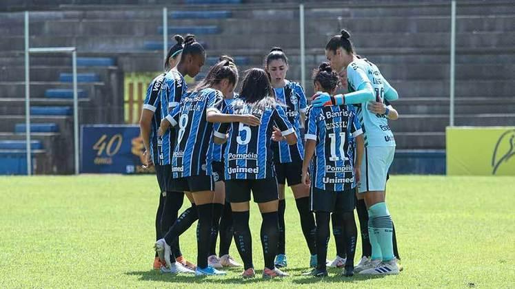 15h - Grêmio x Botafogo - Brasileirão Feminino - Onde assistir: elevensports.com