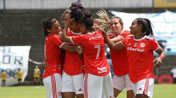 15h - Real Brasília x Internacional - Brasileirão Feminino - Onde assistir: elevensports.com
