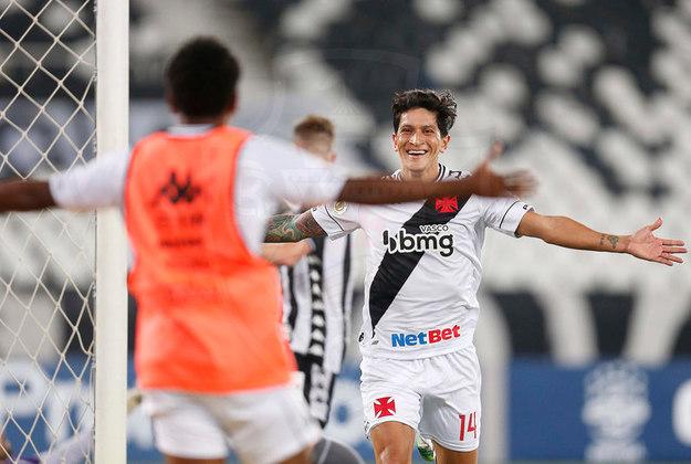 16º - Botafogo 2x3 Vasco - Campeonato Brasileiro 2020. Cano aproveitou o cruzamento e cabeceou, mas o arqueiro adversário defendeu. O argentino, de maneira oportunista, aproveitou o rebote e marcou.