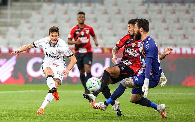 16ª Rodada - Vagner Mancini assume, Corinthians vence o Athletico-PR por 1 a 0 e sobe para a 14ª posição (18 pontos). Distância para o G6: 6 pontos.