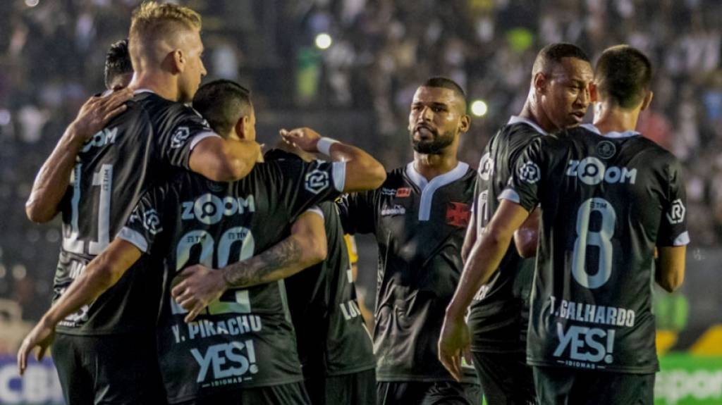 Palmeiras e Atlético-PR despontam na tabela do 2º turno do Brasileirão -  Esportes - R7 Futebol 00f1bfa3ff107