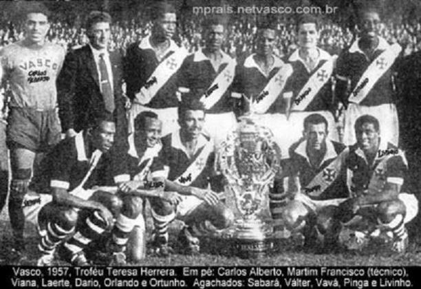 16/06/1957 - Athletic Bilbao-ESP 2x4 Vasco - Gols do Vasco: Válter Marciano (2) e Vavá (2)