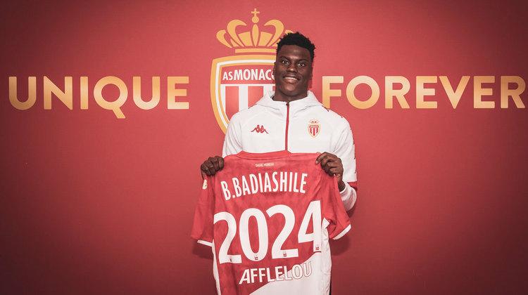 17 - Benoît Badiashile: O jogador do Mônaco está avaliado em 40,2 milhões de euros (R$ 267,3 milhões na atual cotação).