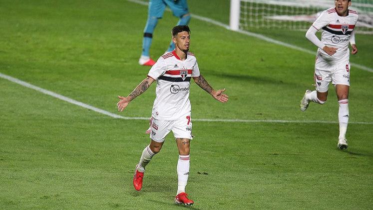 17º colocado – São Paulo (12 pontos) – 14 jogos / 0.017% de chances de título; 2.5% para vaga na Libertadores (G6); 39.7% de chances de rebaixamento.