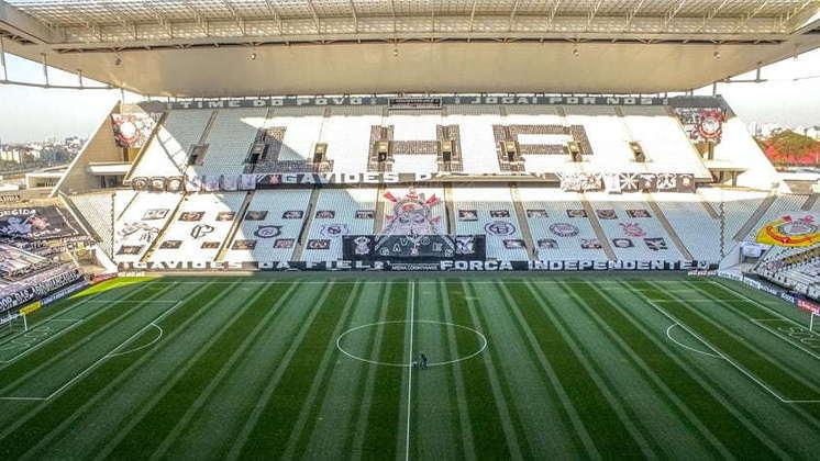 17) Corinthians - prejuízo de R$ 43.211,70 em três partidas como mandante no período.