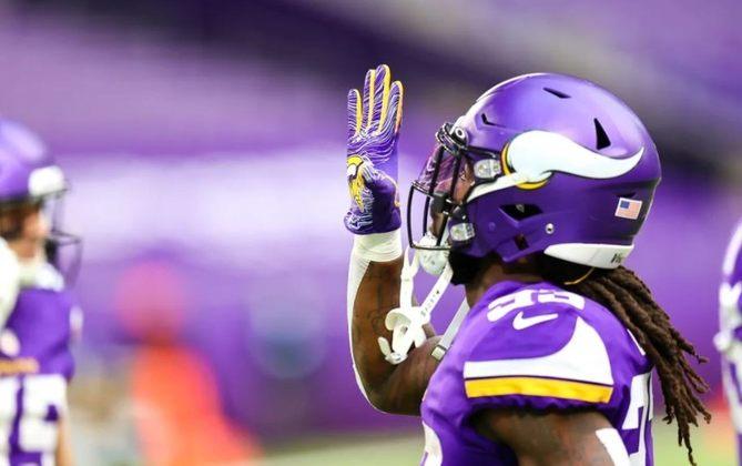 17º Minnesota Vikings (6-8): A defesa e os times especiais estão puxando a equipe para trás. Parece que vai morrer na praia, após uma boa recuperação no meio da temporada.