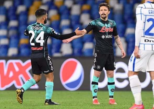 17º - Napoli - Valor do elenco segundo o Transfermarkt: 503,7 milhões de euros (aproximadamente R$ 3,08 bilhões)