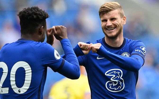 17. Timo Werner: Atacante - 64 milhões de euros (Chelsea) - O Chelsea desembolsou 53 milhões de euros para tirar o atacante alemão do RB Leipzig. Werner marcou 34 gols na última temporada e é a grande esperança de gols para os Blues.