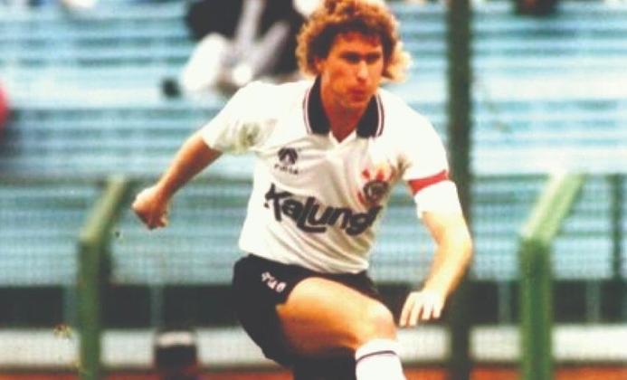 17º Wilson Mano - 405 jogos - Será igualado por Fagner neste fim de semana. Um dos atletas mais polivalentes que defenderam o Corinthians, tendo atuado de zagueiro, lateral, volante e meia. Jogou pelo Timão entre 1986 e 1992.