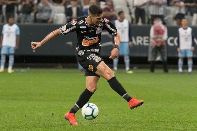 18) Mateus Vital - meia-atacante - 6 jogos oficiais e 179 minutos em campo