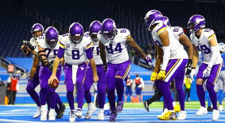 18º Minnesota Vikings (7-9): O ataque é extremamente produtivo. Prioridade número 1 para 2021? Arrumar essa defesa, tão decepcionante.