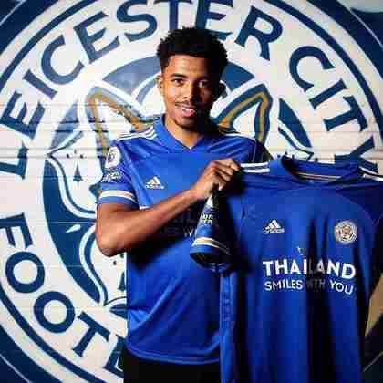 18- WESLEY FOFANA – O zagueiro revelação de apenas 19 anos deixou o Saint-Étienne para assinar com o Leicester, por 35 milhões de euros (aproximadamente R$ 230 milhões).