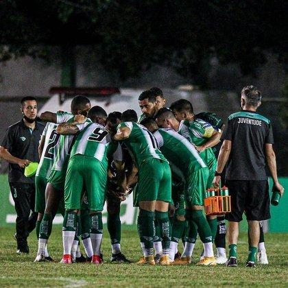 19º - Juventude: 6 vitórias, 3 empates e 4 derrotas em 13 jogos / 53,8% de aproveitamento