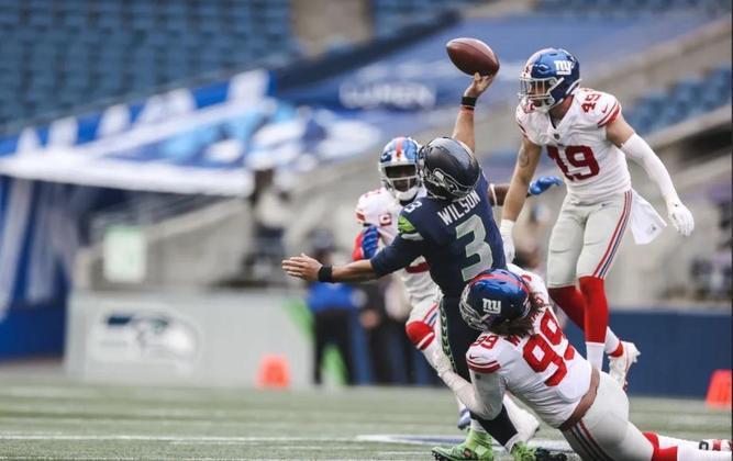 19º New York Giants (5-7) - A defesa vai carregando o time a voos mais altos que nem o mais otimista torcedor esperava.