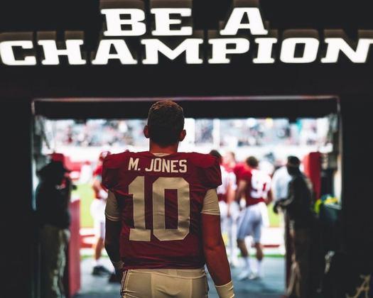 19º Washington: Em busca do quarterback do futuro, Rivera e WFT apostam em Mac Jones, de Alabama, para conduzir o ataque.