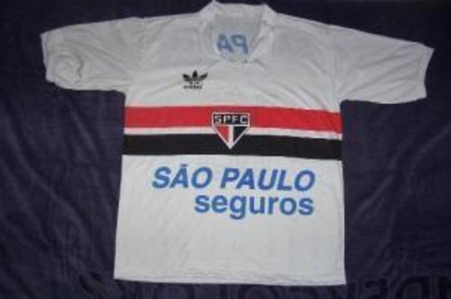 1985 - São Paulo Seguros - A Cruzeiro Seguros estampou também a São Paulo Seguros no ano de 1985.