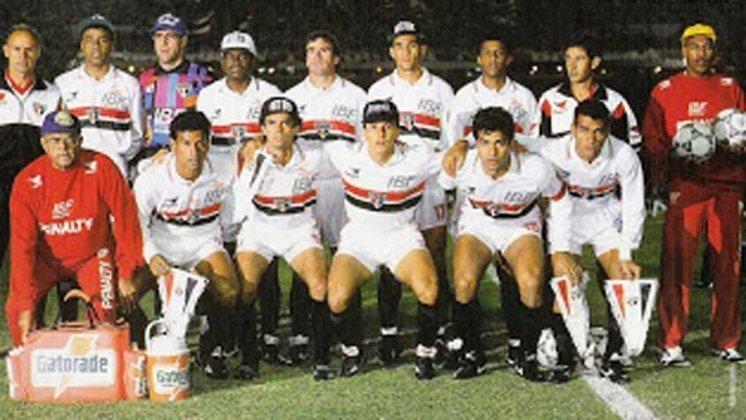 1993 - Newell's Old Boys (ARG) 2 x 0 São Paulo - Mais uma derrota do Tricolor em outra Libertadores que foi campeão.