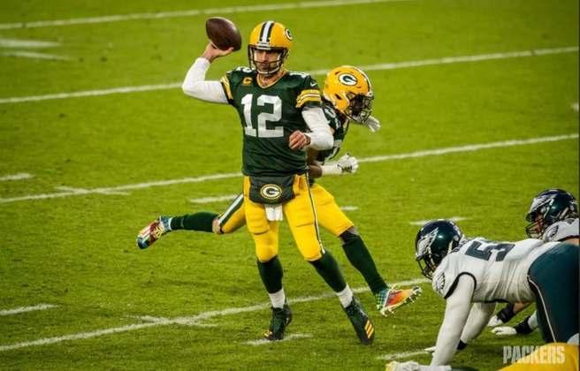 2º Aaron Rodgers - Quem disse que o QB dos Packers estava acabado? Rodgers 'rouba' a posição de Wilson após chegar ao 400º TD da carreira na semana 13 de 2020.