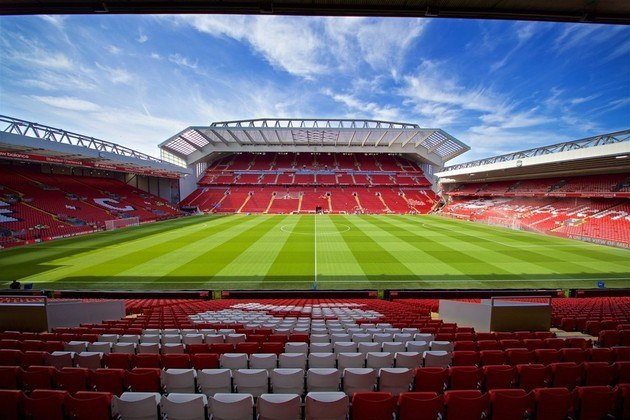 2 - Anfield - Liverpool (Inglaterra)