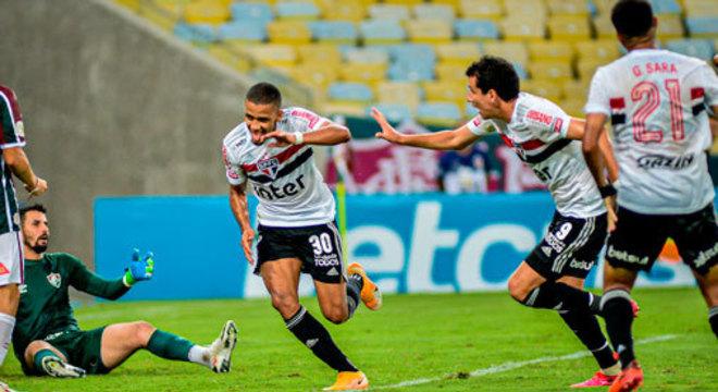 2º colocado – São Paulo (57 pontos/31 jogos): 13.8% de chances de ser campeão; 98.1% de chances de Libertadores (G6); 0% de chance de rebaixamento.