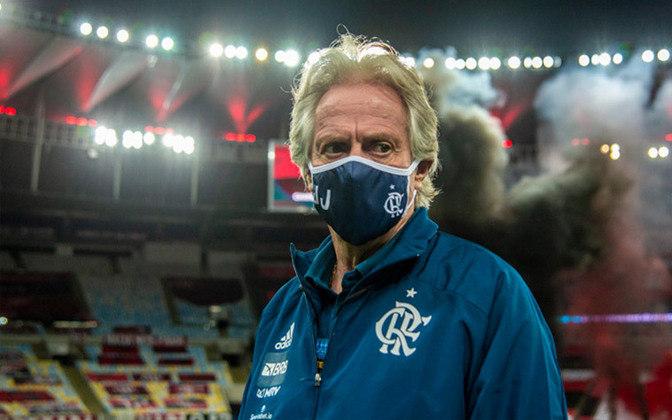 2 - Jorge Jesus (Portugal): Tido por muitos como o treinador europeu que mais fez sucesso no futebol brasileiro, Jorge Jesus chegou ao Flamengo em junho de 2019. Com o Rubro-Negro, Jesus fez história ao conquistar o Campeonato Brasileiro e a Libertadores, ambos em 2019.