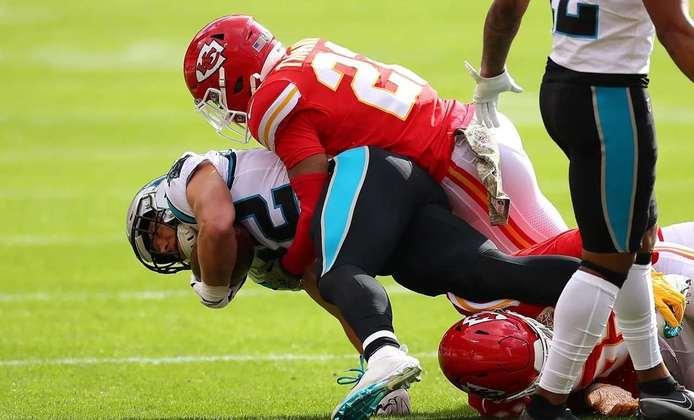 2º Kansas City Chiefs - Um ataque mortal e que é impossível de ser defendido. Chiefs estão rumo a mais um Super Bowl.