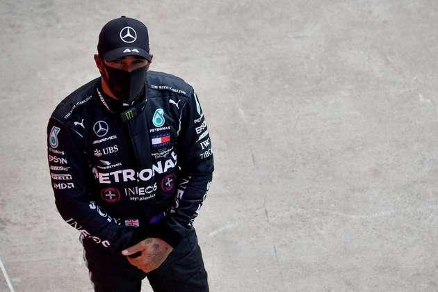 2) Lewis Hamilton (Mercedes), 1min25s217