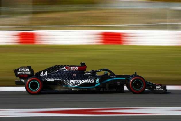 2º - Lewis Hamilton (Mercedes) - 1min25s525