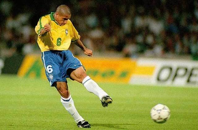 2º lugar: Roberto Carlos - 132 partidas pela Seleção Brasileira
