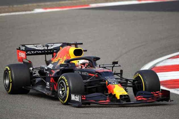 2º - Max Verstappen (Red Bull) - 9.00 - Melhor humano do grid? Teve bom ritmo e poderia ter brigado pela vitória mesmo sem equipamento