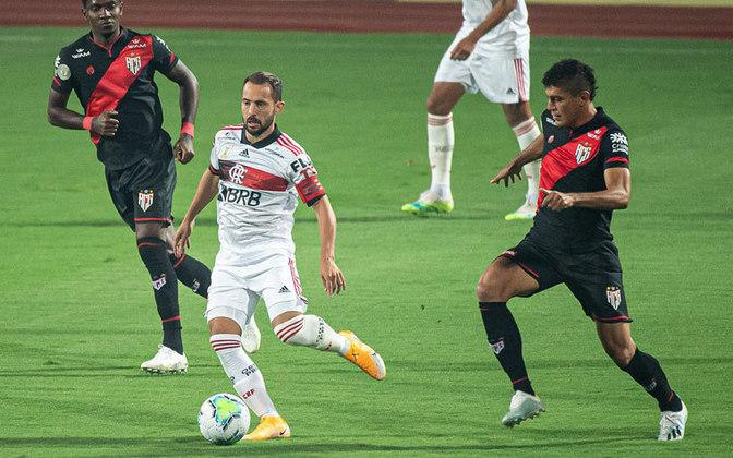 2ª rodada) Atlético-GO 3x0 Flamengo, no Olímpico, em 12 de agosto de 2020