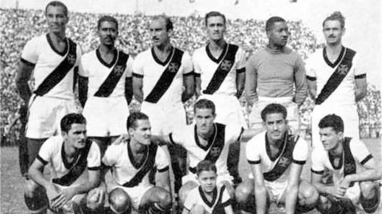 2 - Vasco 14 x 1 Canto do Rio: a maior goleada vascaína, aconteceu justamente em São Januário. O calendário marcava o dia seis de setembro de 1947, e, na véspera do feriado da independência do Brasil, o famigerado e