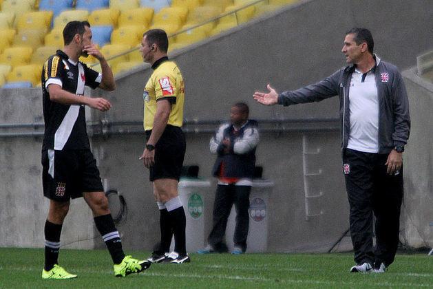 2º - Vasco 2x0 Athletico-PR - Brasileirão 2015 - Novamente de pênalti, o jogador marcou seu segundo gol com a camisa do Gigante da Colina. Na época, a equipe tentava uma recuperação para sair do Z4