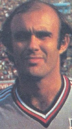 2° - Waldir Peres: 617 jogos - Um dos maiores goleiros da história do São Paulo. Defendeu a meta tricolor de 1973 a 1984.