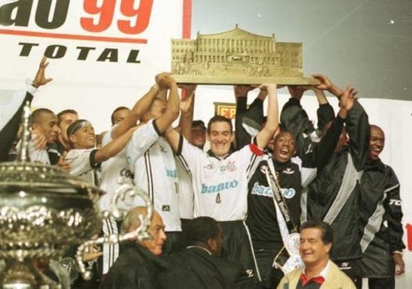 20 de junho de 1999 - Corinthians conquista o Paulistão de 1999 ao bater o Palmeiras na decisão.